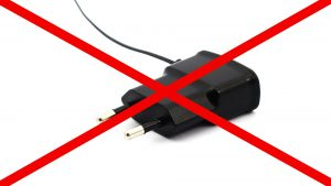 در جعبه گوشی S21 خبری از شارژر نیست !